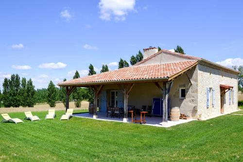 Ferienhaus Lannes 300S : Guest accommodation near Baudignan