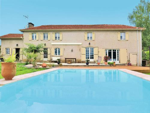Ferienhaus mit Pool Nassiet 100S : Guest accommodation near Bergouey