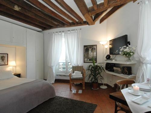 Conde Chic Studio : Apartment near Paris 6e Arrondissement