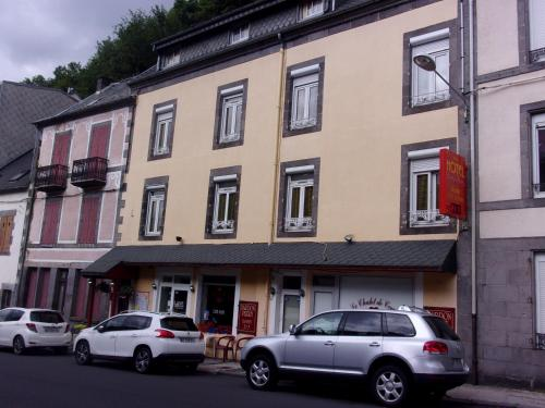 Bardon-Perry : Hotel near Mont-Dore