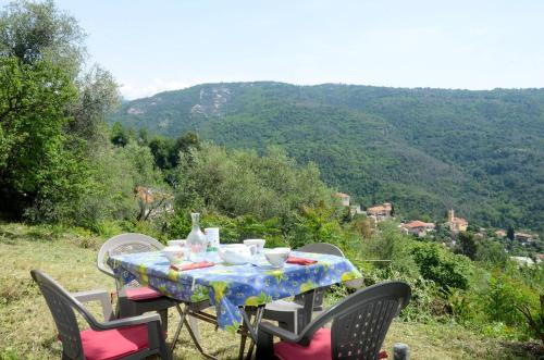 Ferienhaus Bendejun 110S : Guest accommodation near Blausasc