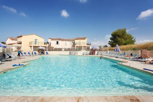 Résidence Odalys Le Golf de la Cabre d'Or : Guest accommodation near Cabriès