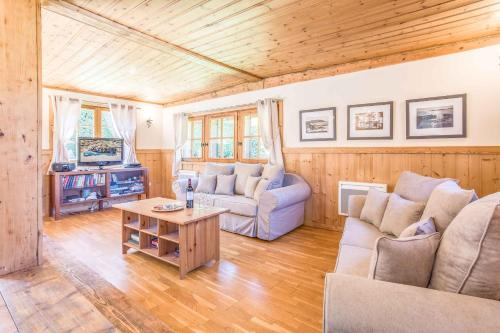 Chalet Eveland : Guest accommodation near Les Houches
