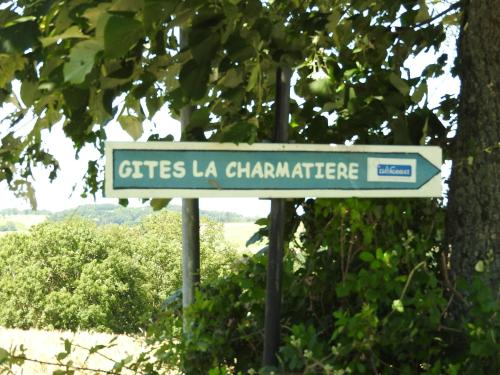La Charmatière : Guest accommodation near Souzy