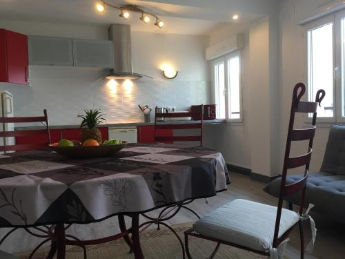 Résidence Dauphine : Apartment near Le Havre
