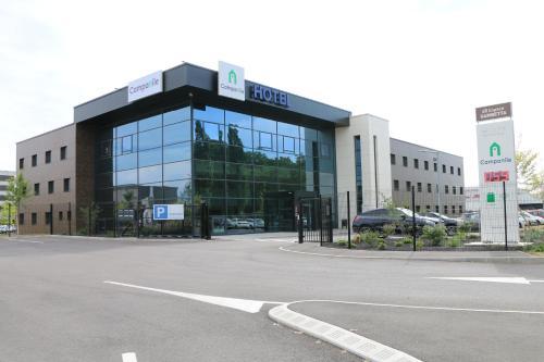 Campanile Metz Nord : Hotel near Mey