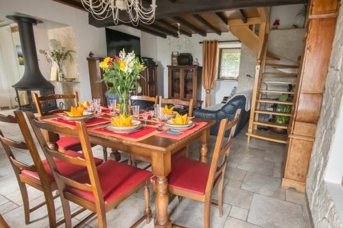 Gite l'Ecoline : Guest accommodation near Bizonnes