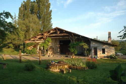 Les Prés de Ponteau : Apartment near Grignols