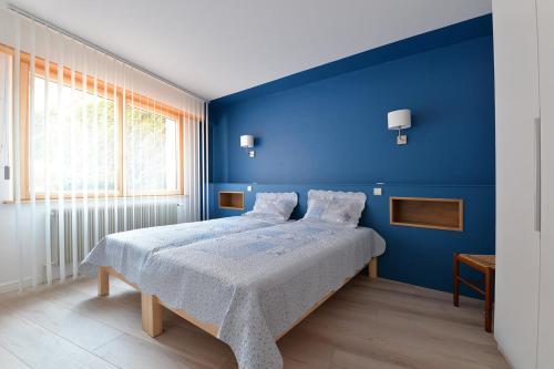 S'Harzala Bleu : Guest accommodation near Saint-Hippolyte