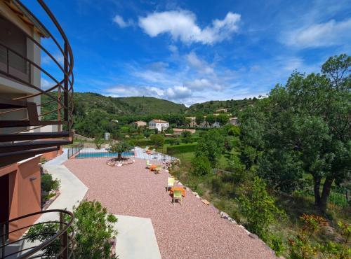 Hotel-Restaurant Le Minervois ( au nord de Carcassonne ) : Hotel near Roquefère