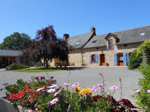 Les Roseaux de Callac : Bed and Breakfast near Saint-Ganton