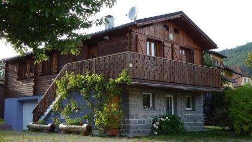 Les Bouquetins : Guest accommodation near Soultzeren
