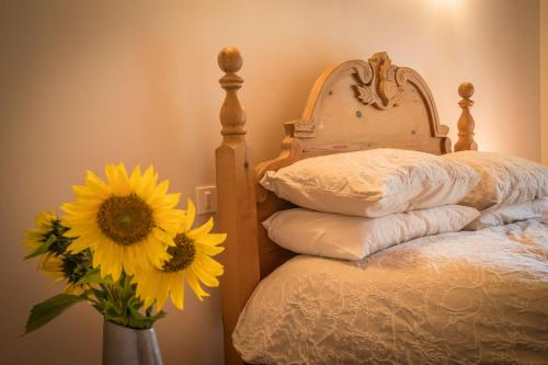 Bel Air - Le Petit Maison : Bed and Breakfast near Brie-sous-Barbezieux