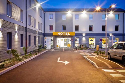 Première Classe Genève - Aéroport - Prévessin : Hotel near Ornex