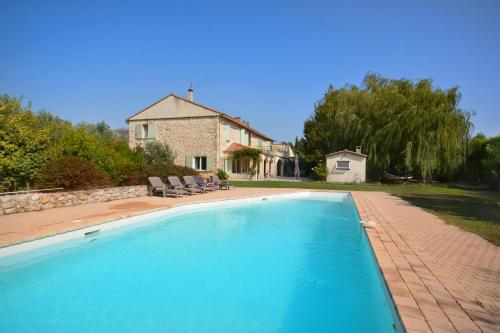 Gîte Des Jonquiers : Guest accommodation near Aubagne
