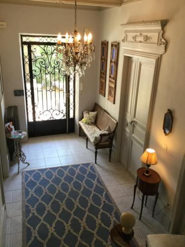 15 Grand Rue : Bed and Breakfast near Péret