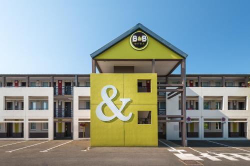 B&B Hôtel Saint-Nazaire La Baule : Hotel near Saint-Nazaire