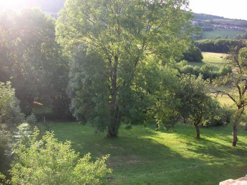 La Maison Bleue : Guest accommodation near Vernantois