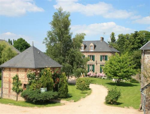 Le Manoir de Villers : Bed and Breakfast near Brullemail