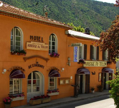 Auberge du Teillon : Hotel near La Garde
