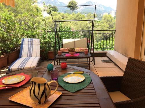 Mon Appart avec Terrasse et Piscine : Apartment near Gorbio
