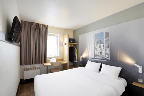 B&B Hôtel BOURGES (1) : Hotel near Crézançay-sur-Cher