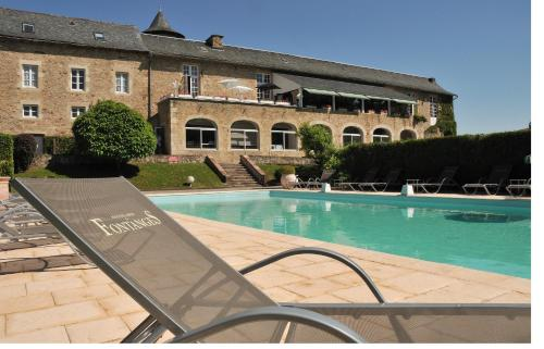 Hostellerie de Fontanges : Hotel near Druelle