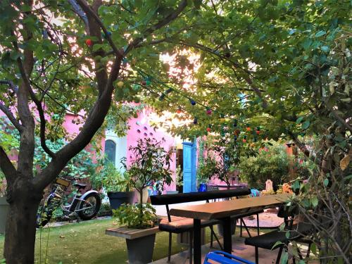 BnB Jardin Vieux Port Panier : Apartment near Marseille 2e Arrondissement