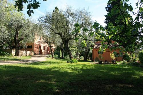 La Longo Mai : Guest accommodation near Peymeinade