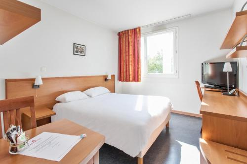 Appart'City Confort Lyon Gerland : Guest accommodation near Oullins