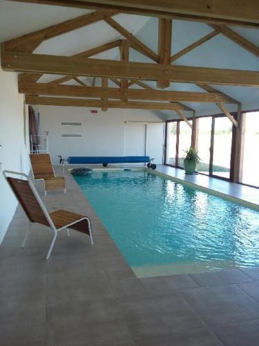 Les Hauts De Souvenelle : Guest accommodation near Saint-Jean-de-la-Croix