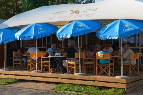 Camping La Belle Etoile : Guest accommodation near Pringy