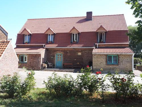Au Cheval Noir : Bed and Breakfast near Cappelle-Brouck