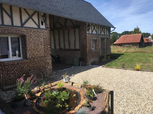 Le Clos Charmaine : Guest accommodation near Rieux