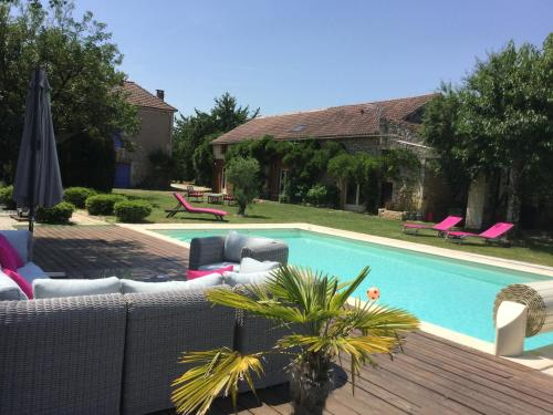 L'Echappee Lotoise : Guest accommodation near Puy-l'Évêque