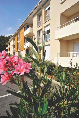 Appart'City Toulouse Tournefeuille : Guest accommodation near Saint-Lys