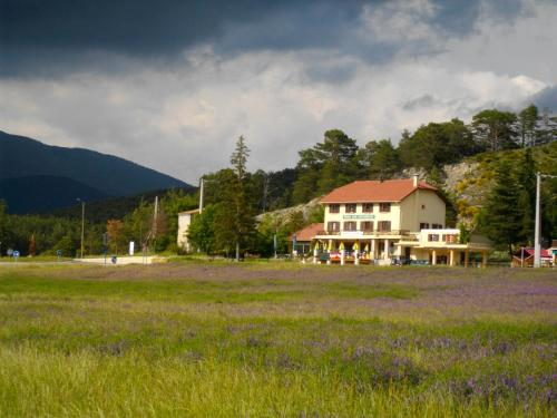 Le Relais de l'Artuby : Hotel near La Garde