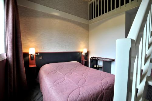 Hôtel balladins Villefranche-de-Rouergue : Hotel near La Capelle-Balaguier