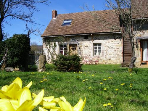 Le Trot'In Chair : Bed and Breakfast near Viry