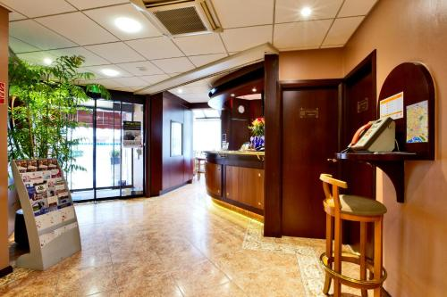 Kyriad Hotel Nevers Centre : Hotel near Nevers