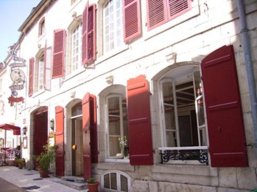 Hôtel Restaurant Henri IV : Hotel near Vitrey-sur-Mance