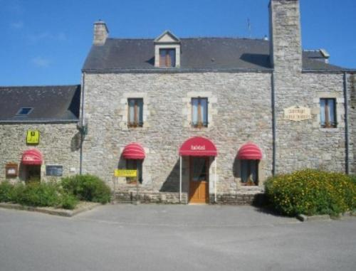 Auberge Saint Hernin : Guest accommodation near Peillac
