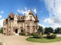 Château de la Râpée : Hotel near Bouchevilliers