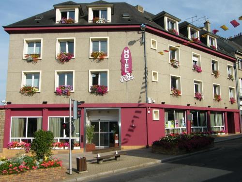 Hôtel Saint-Pierre : Hotel near Coulonces