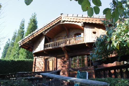 Les Greniers du Mont Blanc : Guest accommodation near Passy