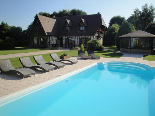 Gîtes Les Colombages : Guest accommodation near Fatouville-Grestain