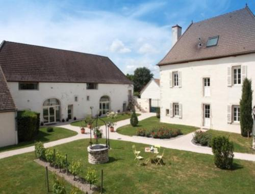 Hotel l'Orée Des Vignes : Hotel near Gilly-lès-Cîteaux