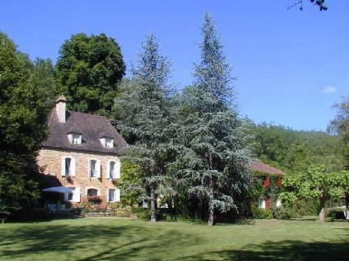 Bed & Breakfast Le Moulin Neuf : Bed and Breakfast near Pezuls