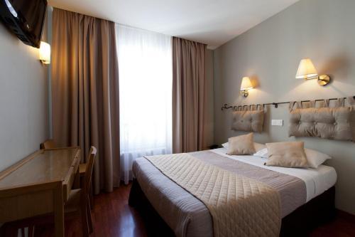Cosmotel Hotel : Hotel near Paris 10e Arrondissement