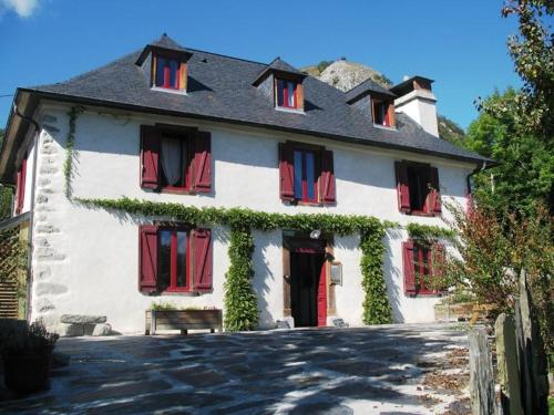 Les gerbes : Guest accommodation near Bun